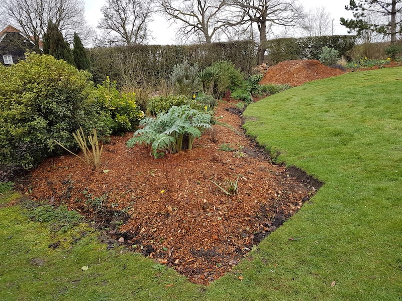 Free Wood Chips For Mulching Flower Beds Free Wood Chips